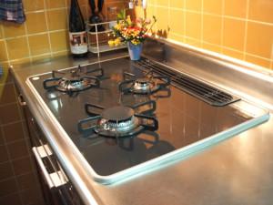 キッチン清掃(五徳やグリルの清掃のイメージ)