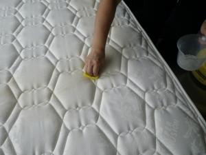 ベッドマットのクリーニング